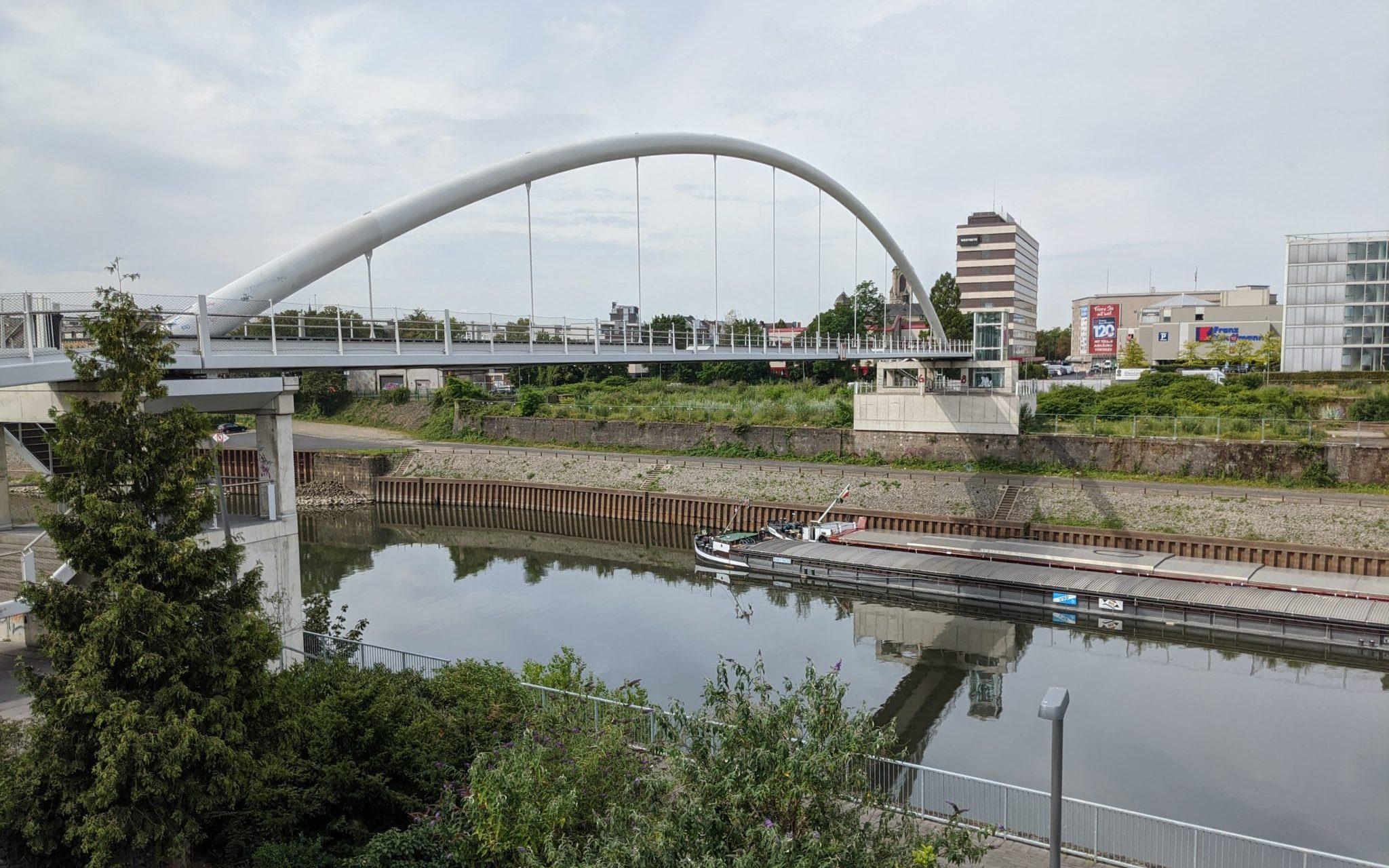 Mehr Sicherheit für  Uferpark und Hafenbrücke